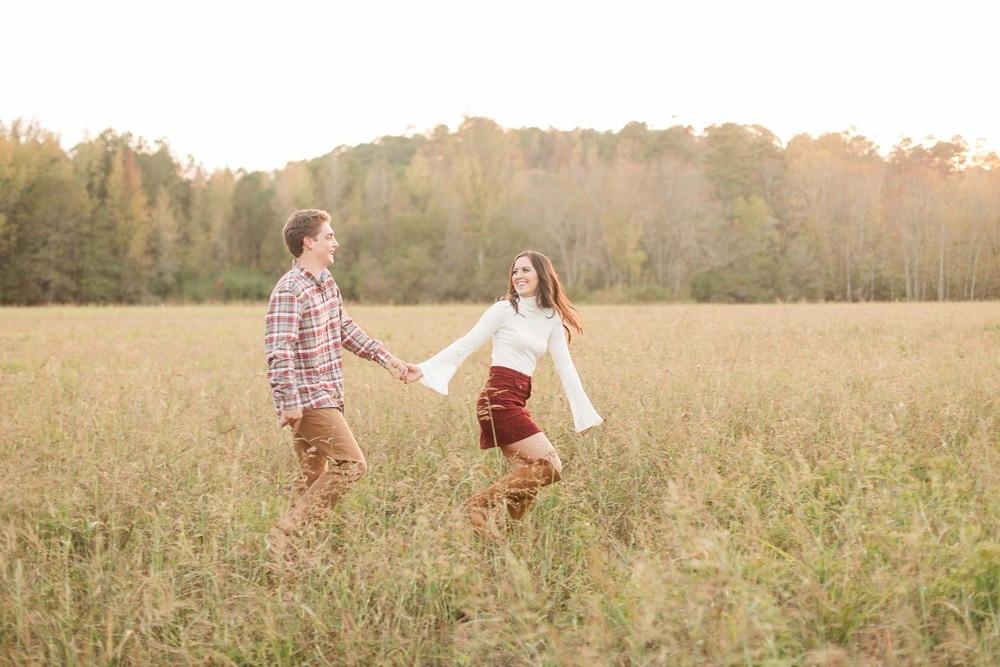 burgandy-white-fall-feld-engagement-session-birmingham-wedding-photographer-42